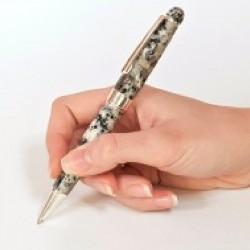 Długopis z granitu